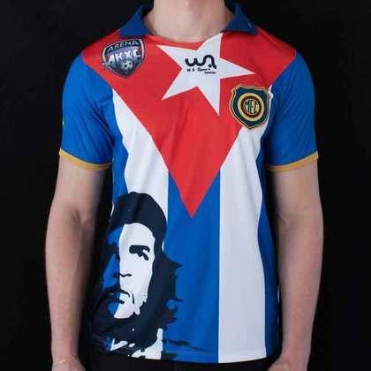 O Madureira decidiu homenagear a história e estampou o rosto de Che Guevara em sua camisa de 2013, além do segundo uniforme trazer a bandeira de Cuba em homenagem a revolução cubana