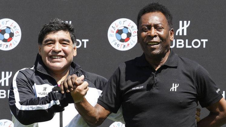 O maior atleta do século XX, rei do futebol, prestou uma homenagem a Maradona em sua rede social e se despediu de uma das maiores lendas da história da modalidade:
