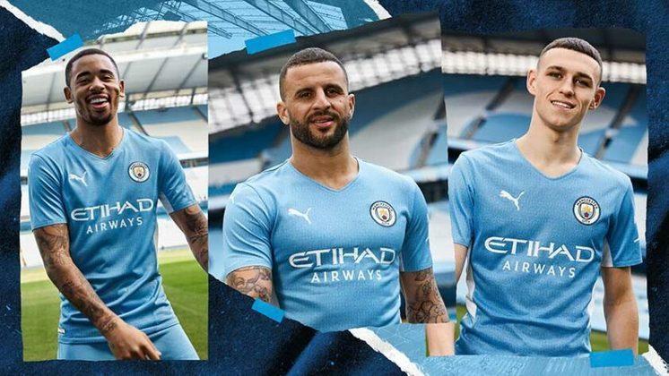 O Manchester City lançou, nesta quarta-feira, sua camisa 1 para temporada 2021/2022. O uniforme, assinado pela Puma, é inspirado no da temporada 2011/2012, quando o clube foi campeão inglês depois de 44 anos. A parte interna da camisa leva a inscrição