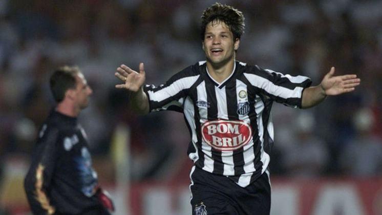 O meia Diego fez história no Santos ao conquistar o Brasileirão sob o comando do técnico Leão. Estreou no clube aos 16 anos. Na carreira, passou pelo futebol europeu e atualmente joga no Flamengo, onde conquistou Libertadores e Brasileiro ano passado.