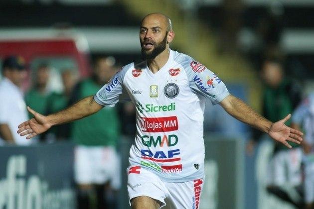 O meia Marcelo, do Operário-PR, foi o líder de assistências (7 em 28 jogos) da Série B de 2020, ao lado de Bruno Rodrigues, e se destacou na competição.