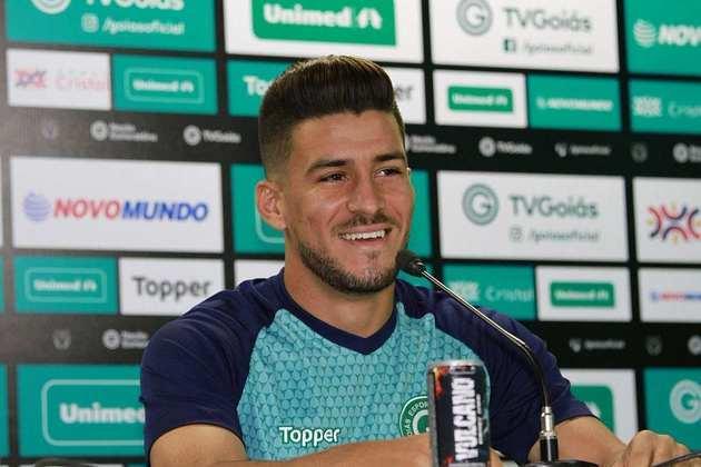 O meia Marcinho está emprestado ao Cuiabá até janeiro do ano que vem. Já seu acordo com o Esmeraldino termina no final do ano que vem.