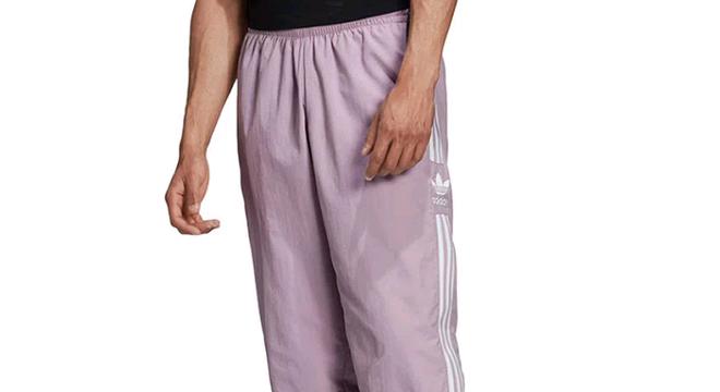 O melhor da moda masculina dos anos 90 em promoção