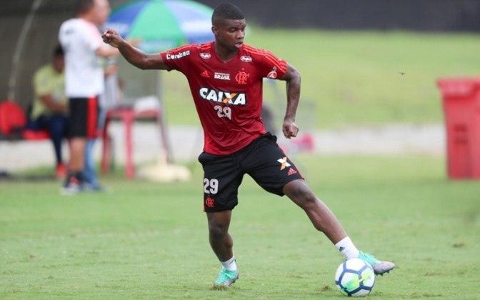 O mesmo aconteceu com Lincoln, do Flamengo.