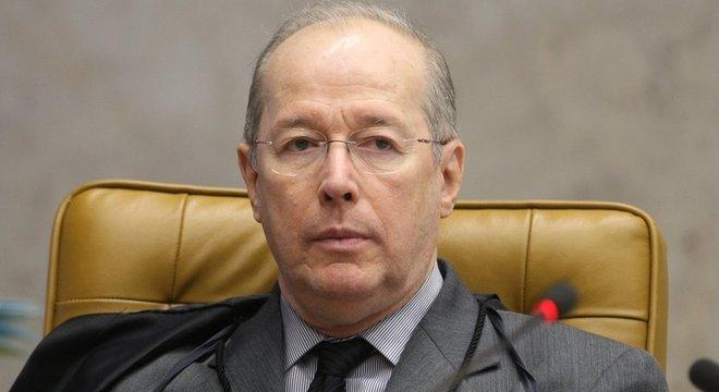 Ministro Celso de Mello deve decidir nesta sexta-feira sobre sigilo de reunião ministerial envolvida em investigação