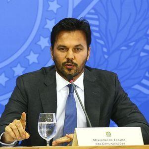 O atual Ministro das Comunicações, Fábio Faria, se posicionou contra a declaração de Lula e defendeu a liberdade de expressão e da imprensa