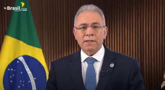 O ministro Queiroga durante o pronunciamento: 'Nosso único inimigo é o vírus'
