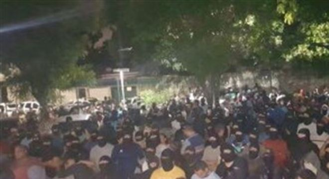 O motim ficou marcado nesta semana pelos disparos contra o senador licenciado Cid Gomes (PDT-CE)