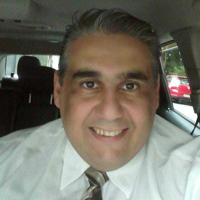 Por não sair de casa desde o início da pandemia, o motorista de aplicativo Antonio Douglas Pereira está com deficiência de vitamina D