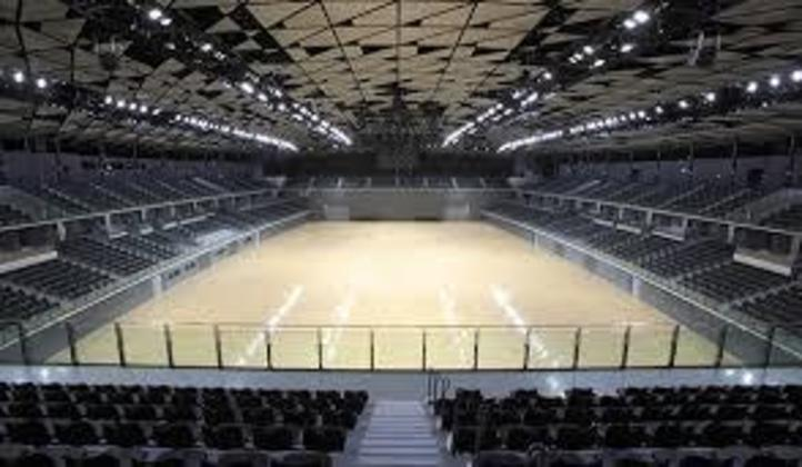 O Musashino Forest Sport Plaza receberá jogos de badminton e também disputas de esgrima no pentatlo moderno. É um espaço polivalente que comporta dez mil pessoas em sua arena principal,