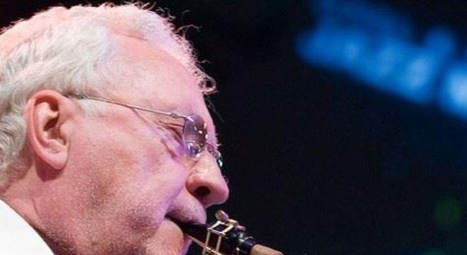 O músico morreu enquanto estava em um hospital de Nova York, nos Estados Unidos