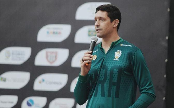 O nadador Gustavo Borges participou de quatro edições de Jogos Olímpicos - de 1992 a 2004 - e conquistou quatro medalhas, sendo duas delas de prata - nos 100m e 200m livre - e dois bronzes.