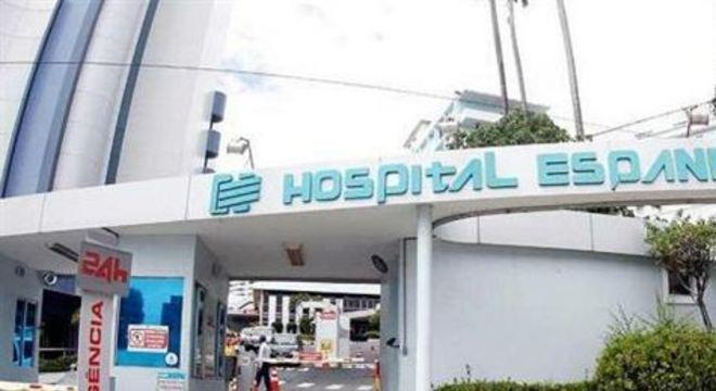 O paciente caiu sob uma laje do 3º andar e foi transferido para outro hospital com uma fratura no fêmur