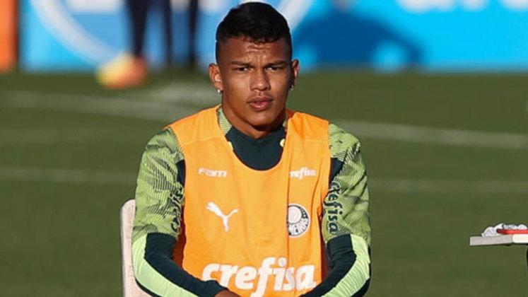 O Palmeiras é o clube com mais casos de coronavírus no elenco. Ao todo, 18 jogadores do Verdão tiveram o exame positivado. Gabriel Veron teve a confirmação no último domingo (15) e é um dos desfalques para o Palmeiras contra o Goiás, no sábado (21)
