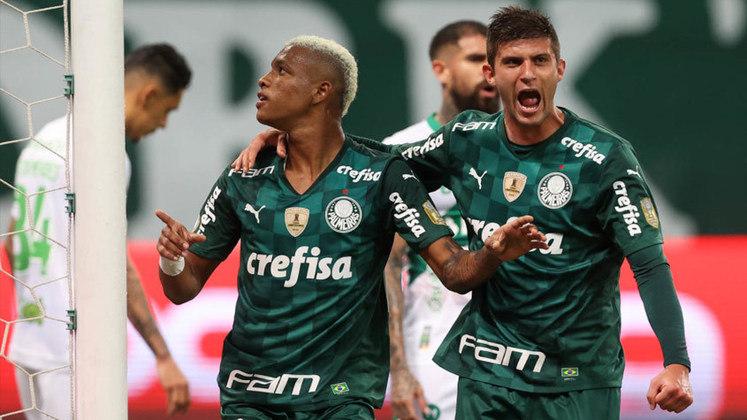 O Palmeiras empatou no Allianz Parque por 1 a 1 com o Juventude, na tarde deste domingo, pelo Campeonato Brasileiro. O destaque do Verdão foi o volante Danilo (foto), autor do gol do time, mas os atacantes do Alviverde não estiveram em um dia feliz. Confira as notas do Palmeiras no LANCE! (por Nosso Palestra)