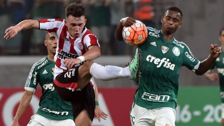 O Palmeiras foi eliminado na fase de grupos em 2016, após fazer campanha com duas vitórias, dois empates e duas derrotas. O Verdão goleou por 4 a 0 no último jogo, porém, não adiantou de nada para evitar que o clube fosse eliminado precocemente na competição continental