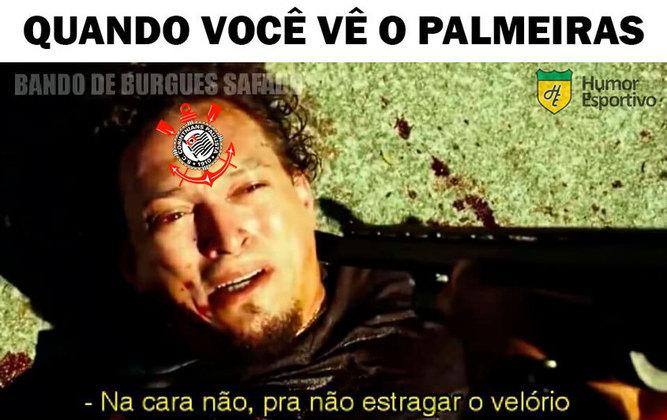 O Palmeiras não tomou conhecimento do Corinthians e venceu o clássico por 4 a 0 na noite desta segunda-feira (18). O resultado agitou os torcedores nas redes sociais, que não perderam a oportunidade de provocar o Timão. Veja os memes na galeria