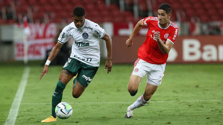 O Palmeiras teve uma noite apagada no Beira-Rio e perdeu para o Internacional. Gabriel Menino e Danilo foram os únicos que destoaram do time e tiveram atuações dignas de elogio (por Nosso Palestra)