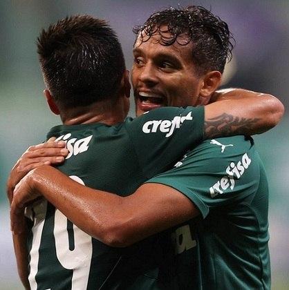 O Palmeiras venceu o clássico contra o Santos nesta quinta-feira, no Allianz Parque, por 3 a 2, em duelo do Campeonato Paulista. O grande nome do Verdão no jogo foi Gustavo Scarpa, que teve noite de garçom com duas belas assistências. Confira as notas dos jogadores do Palmeiras no LANCE! (por Nosso Palestra)