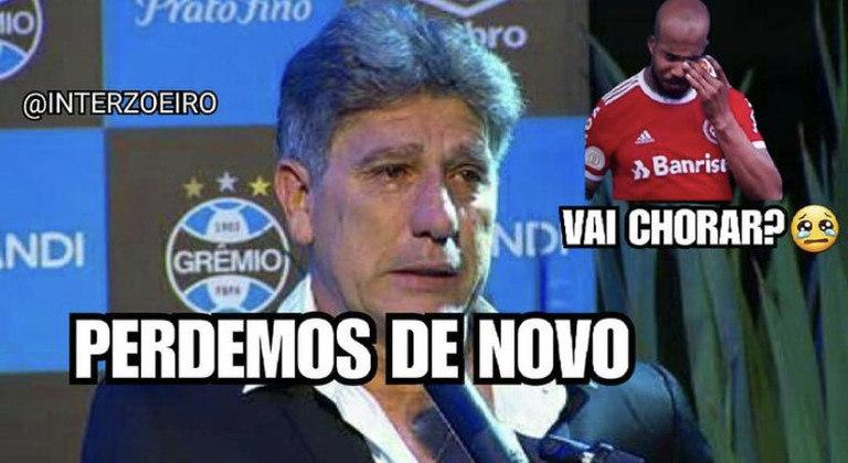 O Palmeiras venceu o Grêmio no Allianz Parque e conseguiu mais uma conquista na temporada. Com o título da Copa do Brasil, os torcedores do Verdão foram às redes sociais e provocaram os rivais, Renato Gaúcho e Paulo Victor. Confira! (Por Humor Esportivo)