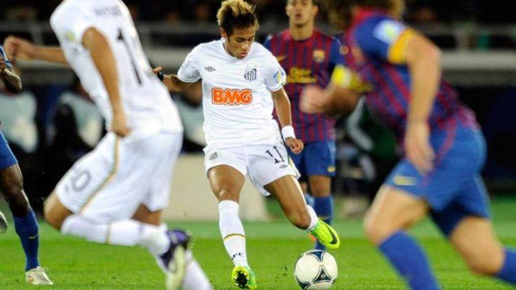 O Peixe, porém, tem uma má lembrança internacional: o 8 a 0 sofrido diante do Barcelona, em 2013, na Taça Joan Gamper. Neymar era recém-contratado do clube catalão.