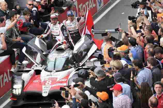 O piloto assinou com a Toyota para disputar uma temporada