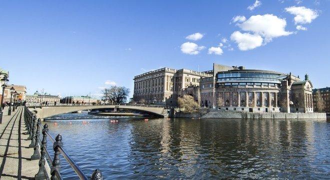 Deputados suecos não legislam sobre seus próprios salários