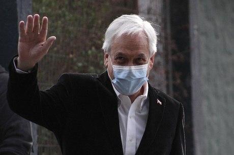 Sebastian Piñera vota em plebiscito