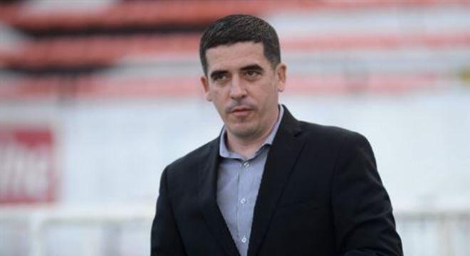 O presidente do Santa Cruz, Constantino Júnior, diz que período vai depender de quanto tempo durar a paralisação dos jogos
