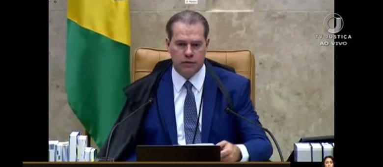 O presidente do STF, Dias Toffoli, se recupera de cirurgia, em Brasília.