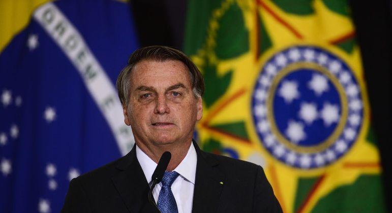 Presidente está internado no Hospital das Forças Armadas, em Brasília