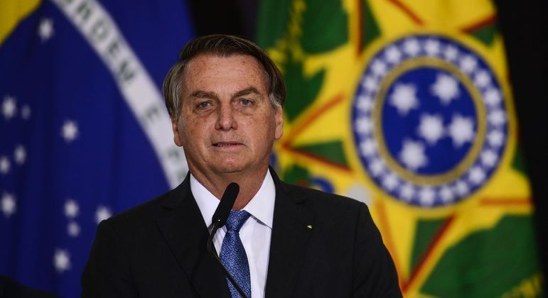 Bolsonaro voltou a dizer que não tem conhecimento de todas as medidas dos 22 ministérios do governo