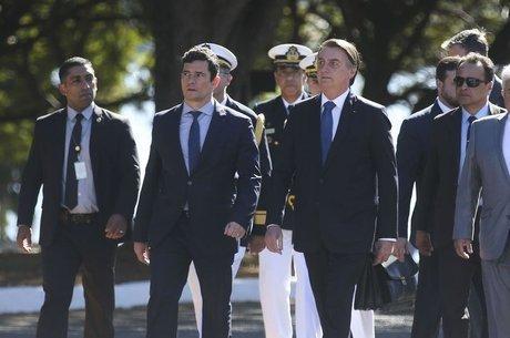 """""""O povo vai dizer se estamos certos ou não"""", diz Bolsonaro"""