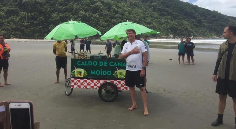 O presidente Jair Bolsonaro, em Praia Grande (SP)