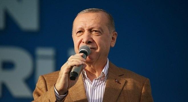 O presidente turco Erdogan fala durante cerimônia em Malatya, Turquia