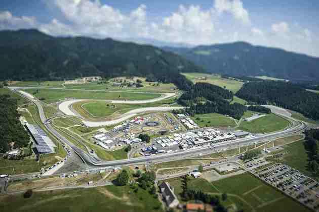 O primeiro envolvimento de Tilke com a F1 foi a reforma do circuito da Áustria, que passou a ser chamado de A1 Ring e voltou a receber a F1 em 1997. Hoje, o autódromo atende por Red Bull Ring