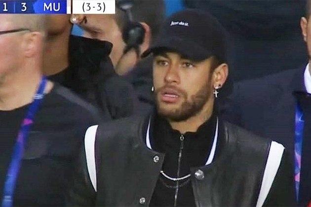 O PSG foi eliminado da Champions League 2018-19 pelo Manchester United e, lesionado, Neymar acabou virando meme no camarote