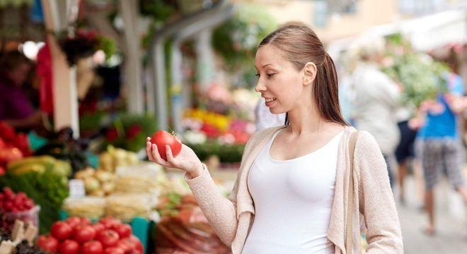 O que comer na gravidez? – Alimentos que nutrem você e o bebê