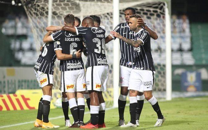 O que está em jogo para o Corinthians: Caso vença o São Paulo, o Alvinegro pode se distanciar ainda mais da parte de baixo da tabela e já pensar em encostar no pelotão de cima. Atualmente, o clube é o 11º colocado, com 30 pontos. a seis da zona de rebaixamento.