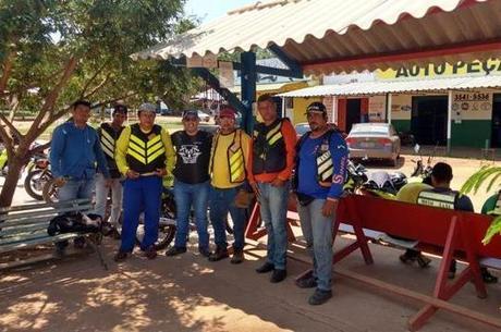 Mototaxistas de Guajará-Mirim treinados pelo Projeto Motociclismo com Segurança  com a Universidade Federal de Rondônia