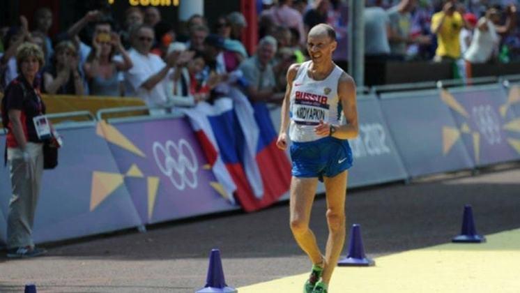 O recorde olímpico da marcha atlética de 50km também foi batido nos Jogos de 2012. O autor do feito foi o russo Sergey Kirdyapkin, que rompeu a linha de chegada com 3h35min59s.
