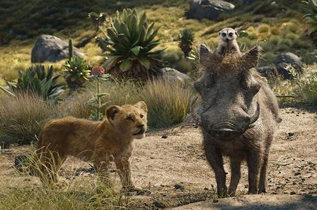 Simba, Timão e Pumba, em cena do filme