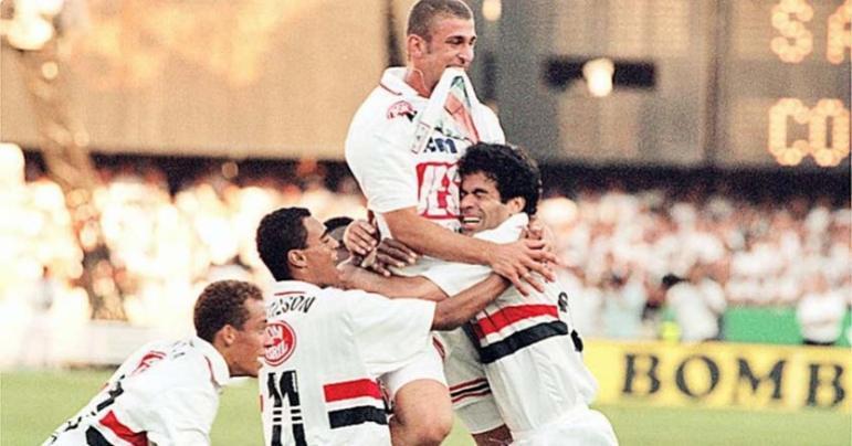O retorno de Raí da França foi triunfal: ele nem bem havia desembarcado e já estreou na final do Paulistão de 1998, contra o Corinthians. Como não poderia deixar de ser, fez um gol, deu assistência e ergueu o troféu após a vitória por 3 a 1 no Morumbi.