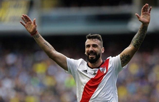 O River Plate-ARG ainda deve R$ 18,116 milhões ao São Paulo pela compra do atacante Lucas Pratto, em janeiro de 2018