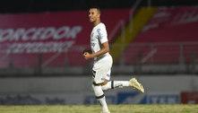 Santos empata com o Bragantino e segue vivo no Paulistão
