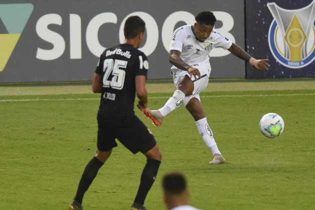 O Santos saiu na frente contra o RB Bragantino neste domingo, mas sofreu o empate no fim da estreia das equipes que ficaram no 1 a 1 na Vila Belmiro. O gol do Peixe foi marcado por Marinho (foto), o melhor em campo. Confira as notas do Santos no LANCE! (por Gabriel Santos)