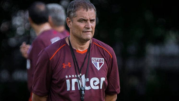 O São Paulo já apostou em vários treinadores estrangeiros ao longo de sua história. Entre os gringos, o último a passar pelo Morumbi foi o uruguaio Diego Aguirre, no ano de 2018.