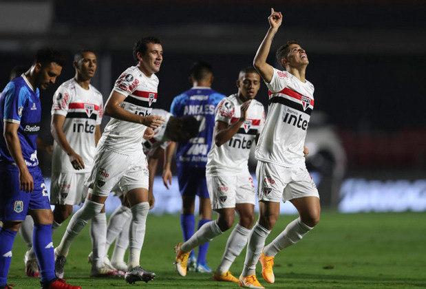 O São Paulo se despediu da Libertadores na noite desta quarta-feira, após a goleada de 5 a 1 sobre o Binacional (BOL), no Morumbi. Com a vitória, o Tricolor encerrou sua participação na competição com 7 pontos, na 3ª colocação do grupo D, garantindo a quinta vaga de classificação para a Copa Sul-Americana de 2020. Confira os times que disputarão a Sul-Americana com a equipe paulista.