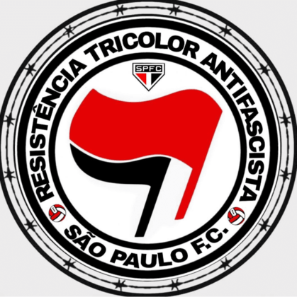 O São Paulo tem também sua torcida antifascista, sendo duas das representantes a Resistência Tricolor Antifascista e a Frente Democracia Tricolor.