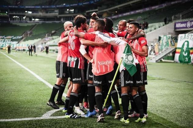 O São Paulo terá uma maratona de quinze jogos em praticamente trinta dias, com a reta final do Paulistão e o começo da fase de grupos da Libertadores. Com isso, o LANCE! mostra o calendário maluco do Tricolor nestas próximas semanas.